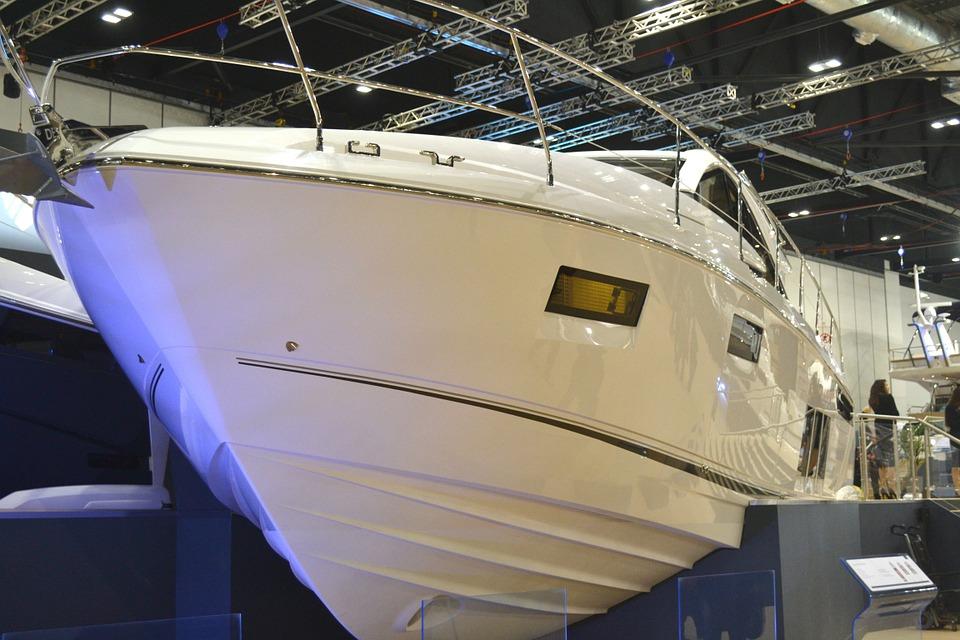 Barco del Salón Náutico Internacional de Barcelona