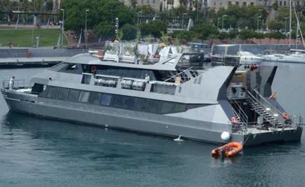 Imagen de un catamarán en el MYBA